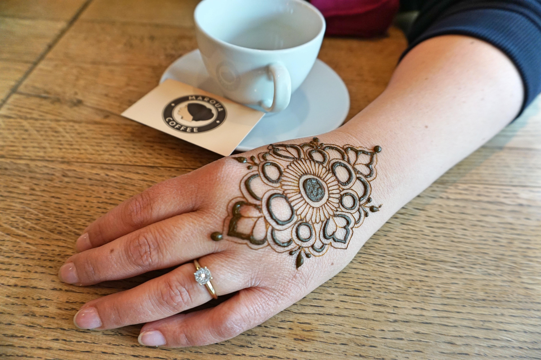 Henna arte de un cliente creado por Bilge Yurttas.